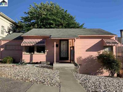 Rodeo Single Family Home For Sale: 853 4th St