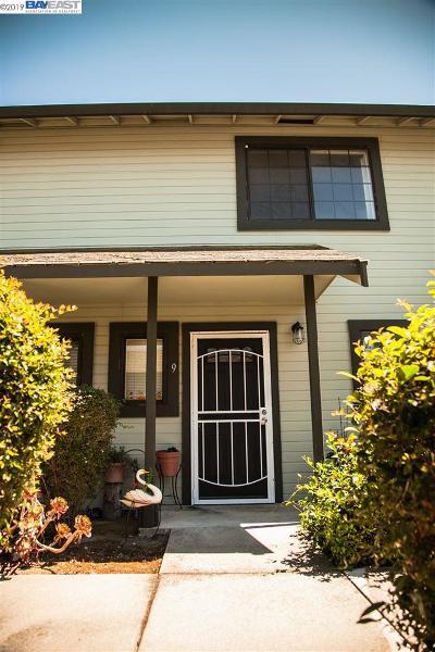 Hayward Condo/Townhouse For Sale: 387 Laurel Ave #9