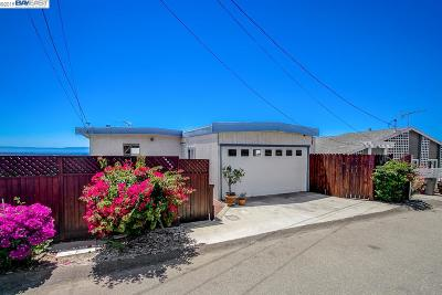 San Leandro Single Family Home For Sale: 2061 Altamont Rd