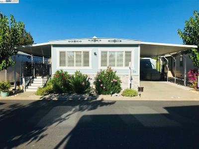 Pleasanton Mobile Home For Sale: 3231 Vineyard Ave