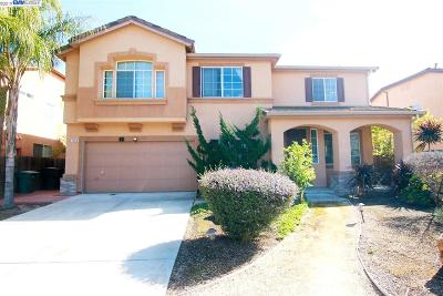Tracy Single Family Home For Sale: 1120 Whispering Wind Dr