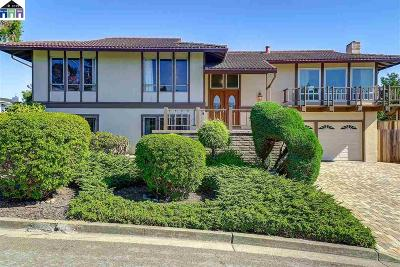 Hayward Single Family Home For Sale: 27952 Edgecliff Way