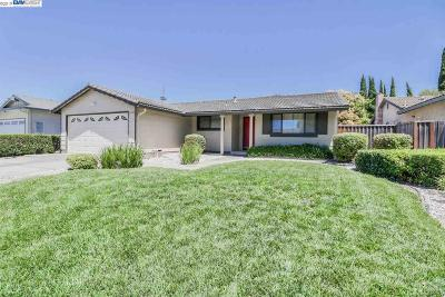 Union City Single Family Home For Sale: 2622 Central Ct