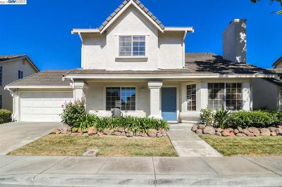 Fremont Single Family Home For Sale: 34222 Della Ter