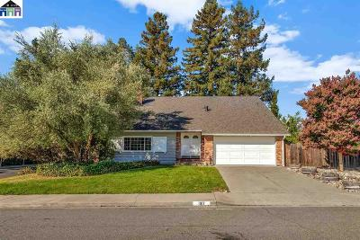 Walnut Creek Single Family Home For Sale: 1917 Carriage
