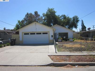 Livermore Single Family Home New-Short Sale: 1647 Elm Street