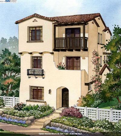 Fremont Single Family Home New: 43135 Calle Sagrada