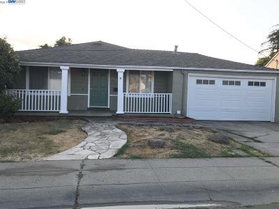 San Lorenzo Single Family Home Pending Show For Backups: 17187 Via Del Rey