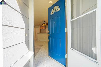 Tracy Condo/Townhouse For Sale: 2273 Holtspur Ct