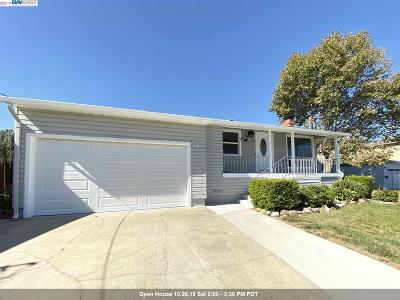 Castro Valley Single Family Home For Sale: 19197 Almond Rd