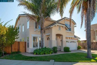 Martinez Single Family Home For Sale: 949 Toulouse Way