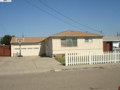 San Lorenzo Single Family Home For Sale: 1723 Via Lobos
