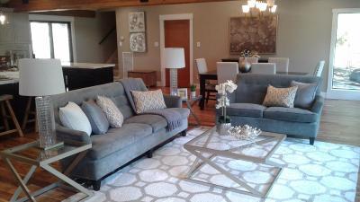Oakland Single Family Home For Sale: 6742 Pinehaven Road