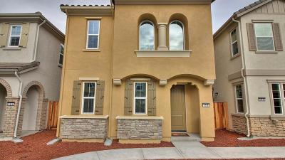 Milpitas Single Family Home For Sale: 159 Cobblestone Loop