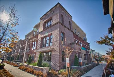 Alameda Condo/Townhouse For Sale: 2717 Fifth Street