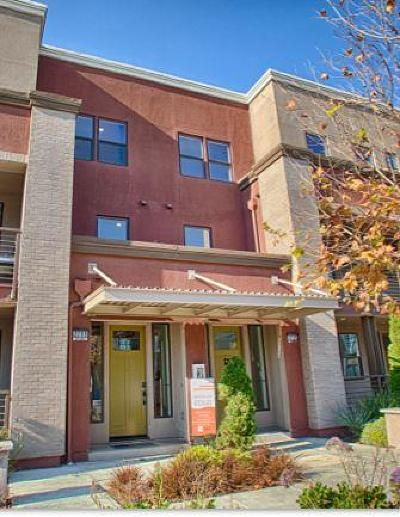 Alameda Condo/Townhouse For Sale: 2709 Fifth Street