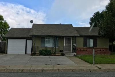 Gilroy Multi Family Home For Sale: 440 W 7th Street