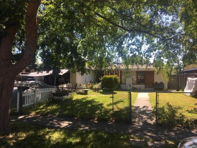 San Jose Single Family Home For Sale: 1719 Foley Avenue