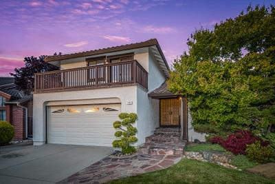 San Mateo Single Family Home For Sale: 145 Vailwood Place