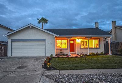 Fremont Single Family Home For Sale: 47436 Mantis Street