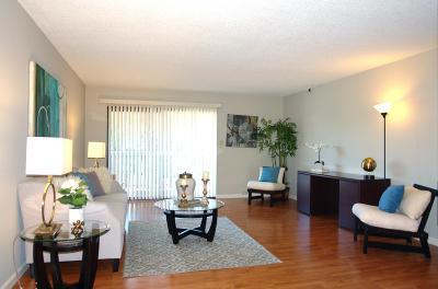 Mountain View Condo/Townhouse For Sale: 400 Ortega Avenue #121