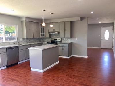 San Jose Single Family Home For Sale: 253 Los Palmos Way