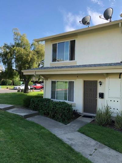 San Jose Condo/Townhouse For Sale: 1802 Schweppes Court