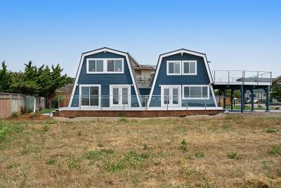 Half Moon Bay Single Family Home For Sale: 207 Washington Boulevard
