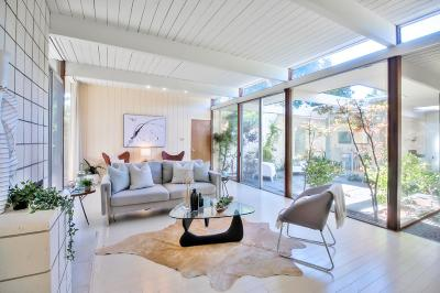 Burlingame Single Family Home For Sale: 4 Mariposa Court