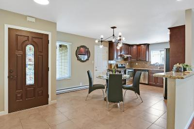 Newark Single Family Home For Sale: 35505 Orleans Drive