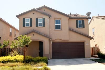 Gilroy Single Family Home For Sale: 160 Shire Street