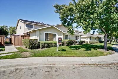 Milpitas Condo/Townhouse For Sale: 367 San Miguel Court #3