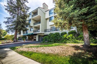 Santa Clara Condo/Townhouse For Sale: 2200 Agnew Road #212