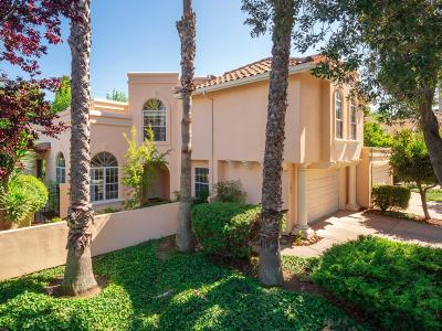 Mountain View Single Family Home For Sale: 1299 Cuernavaca Circulo