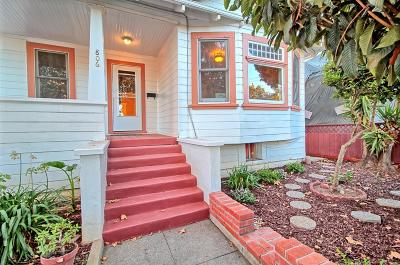 Single Family Home For Sale: 806 Locust Street
