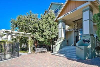 Fremont Condo/Townhouse For Sale: 4463 Hyde Common #220