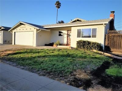 Single Family Home For Sale: 39582 Kona Court