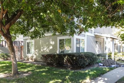 San Jose CA Condo/Townhouse For Sale: $430,000