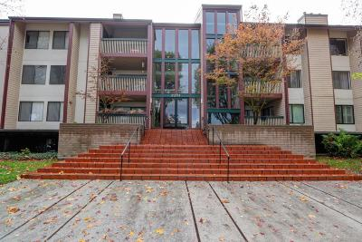 Mountain View Condo/Townhouse For Sale: 2211 Latham Street #210