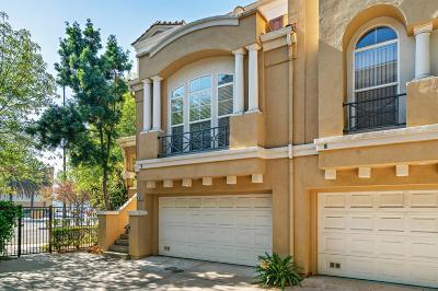 Milpitas Condo/Townhouse For Sale: 895 Inspiration Place