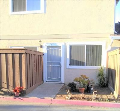 Milpitas Condo/Townhouse For Sale: 369 Rio Verde Place #3