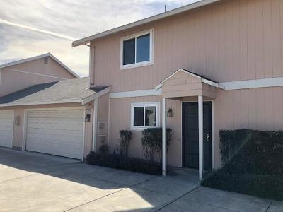 Hayward Condo/Townhouse For Sale: 312 Blossom Way #B
