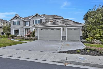 Half Moon Bay Single Family Home For Sale: 135 Cypress Point Road