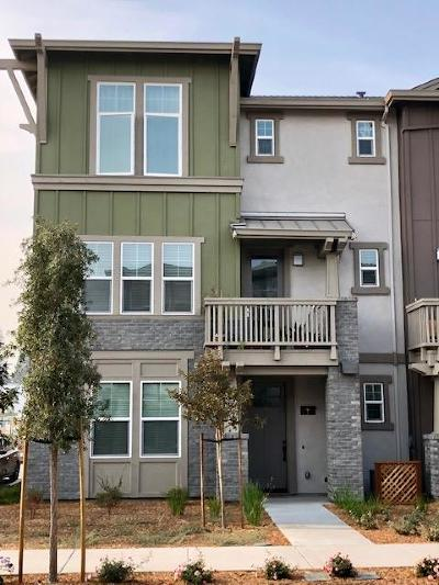 Sunnyvale Condo/Townhouse For Sale: 836 Gridley Terrace #1