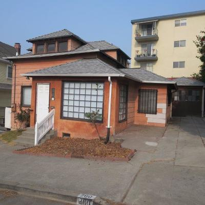 Oakland Single Family Home For Sale: 200 Santa Clara Avenue