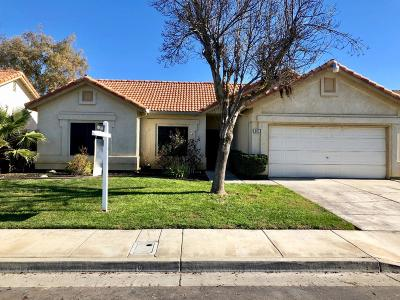 Single Family Home For Sale: 814 El Pinal Lane