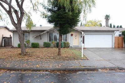 Gilroy Single Family Home For Sale: 6740 Garden Court
