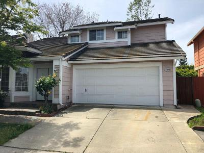 Hayward CA Single Family Home For Sale: $799,000