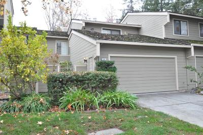 Los Gatos Condo/Townhouse For Sale: 104 Oakland Place