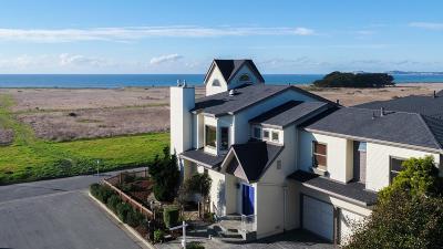 Half Moon Bay Single Family Home For Sale: 203 Granelli Avenue